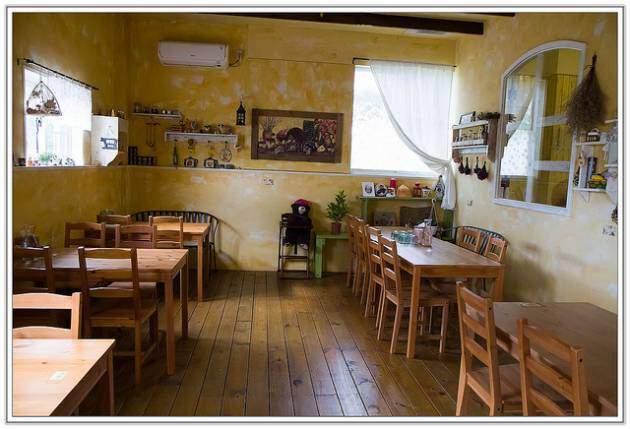 狗狗餐廳 可以去的景點推薦 鄉村式的餐廳