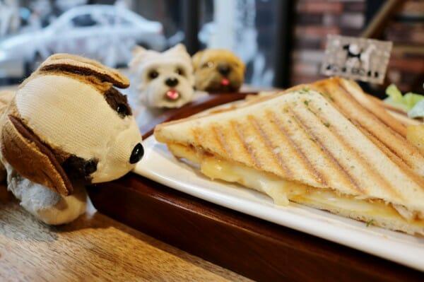 DogBoss 寵物餐廳帶著主子早午餐 熱壓吐司